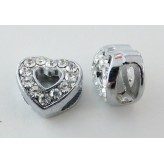 Sep. metallico a cuore c/strass (foro largo)